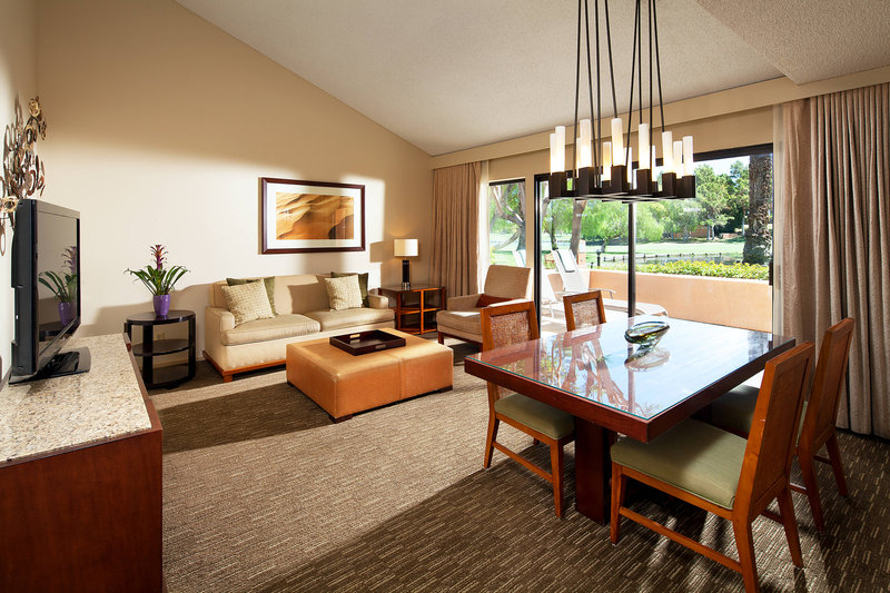Westin Mission Hills Golf Resort-Deluxe View Suite - Parlor<br/>Image from Leonardo