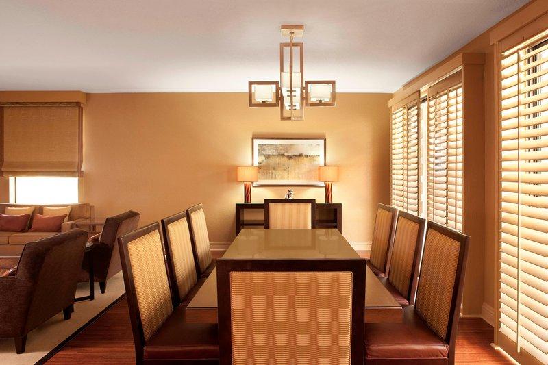 Westin Mission Hills Golf Resort-Presidential Suite Dining Area<br/>Image from Leonardo