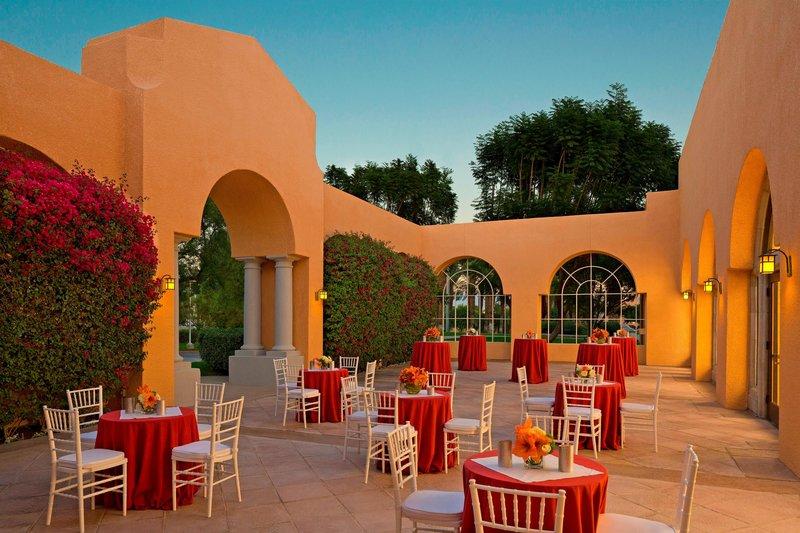 Westin Mission Hills Golf Resort-Celebrity Courtyard<br/>Image from Leonardo