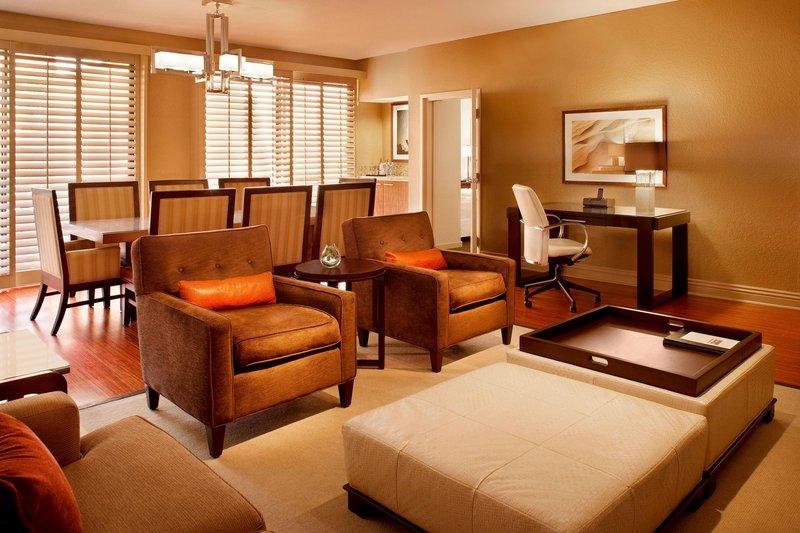 Westin Mission Hills Golf Resort-Presidential Suite Living Area<br/>Image from Leonardo