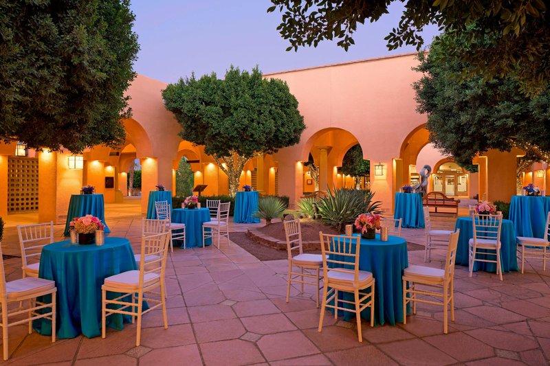 Westin Mission Hills Golf Resort-Oasis Courtyard<br/>Image from Leonardo