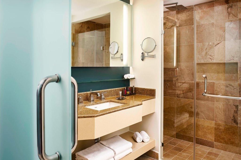 Marriott Puerto Vallarta Resort & Spa - Guest Bathroom <br/>Image from Leonardo