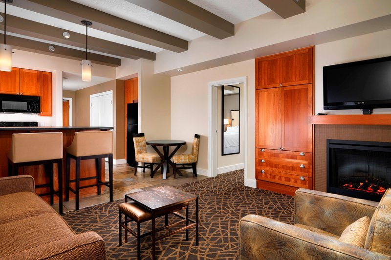 The Westin Bear Mountain Victoria Golf Resort & Spa-Clubhouse Corner Suite - Valley View<br/>Image from Leonardo