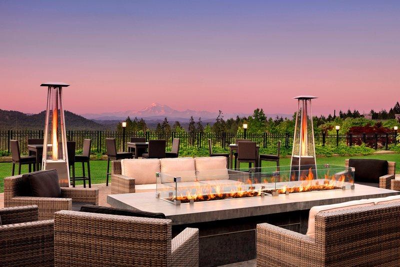 The Westin Bear Mountain Victoria Golf Resort & Spa-Fire Lounge<br/>Image from Leonardo