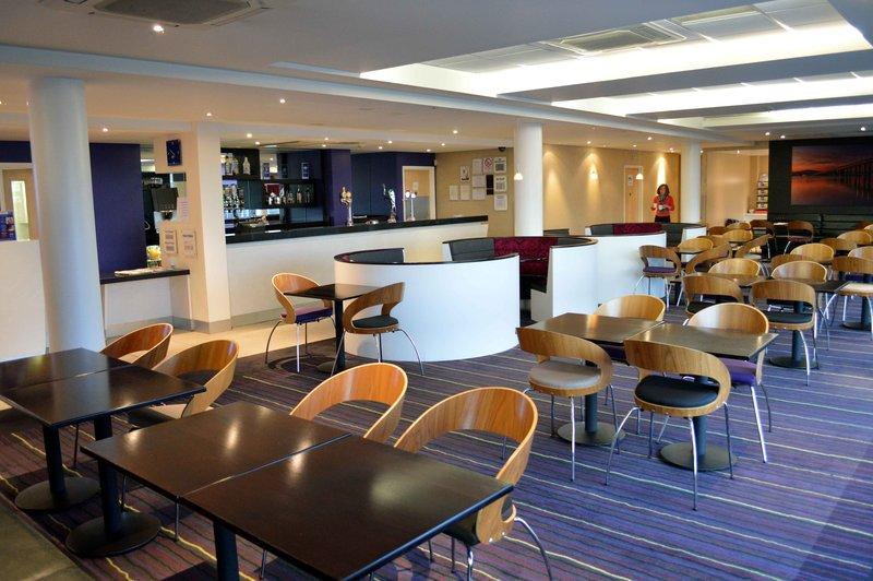 Holiday Inn Express Dundee-Restaurant<br/>Image from Leonardo