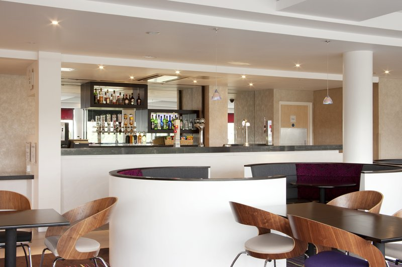 Holiday Inn Express Dundee-Bar and Lounge<br/>Image from Leonardo