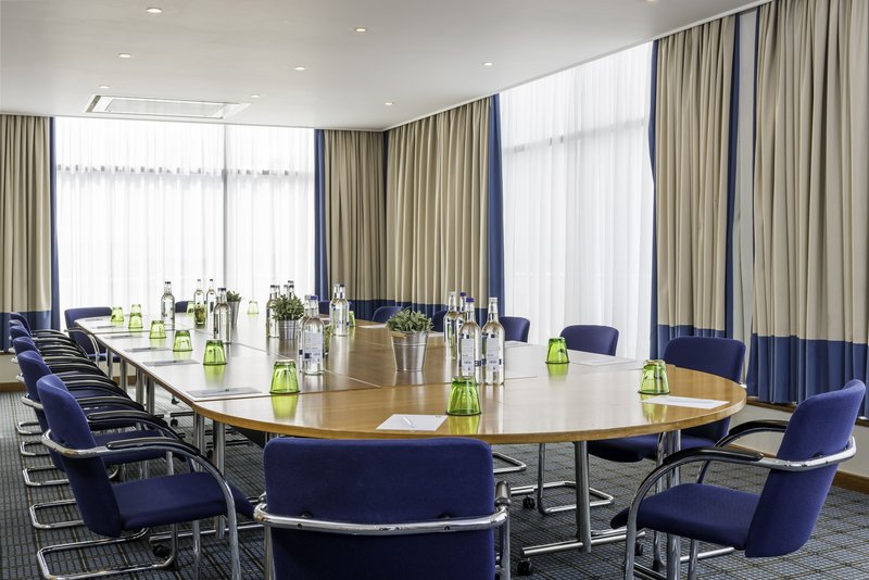 Holiday Inn Milton Keynes - Central-Cosgrove set in a boardroom layout<br/>Image from Leonardo