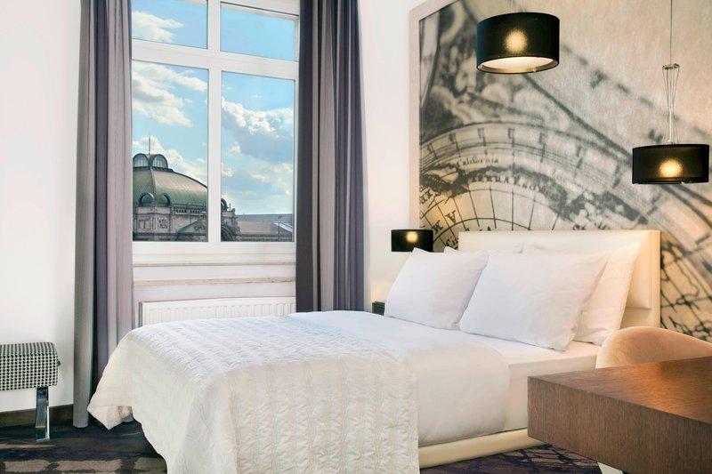Le Meridien Grand Nuremburg-Superior Queen Room<br/>Image from Leonardo