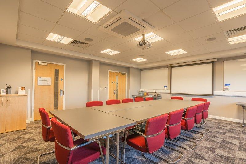 Holiday Inn Express Kettering-Meeting Room<br/>Image from Leonardo
