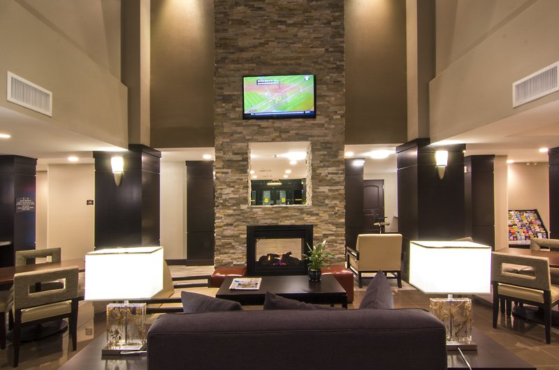 Staybridge Suites Carlsbad - San Diego-Sitting Area<br/>Image from Leonardo