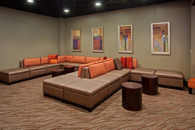 Holiday Inn Evansville Airport-Hotel Lobby<br/>Image from Leonardo