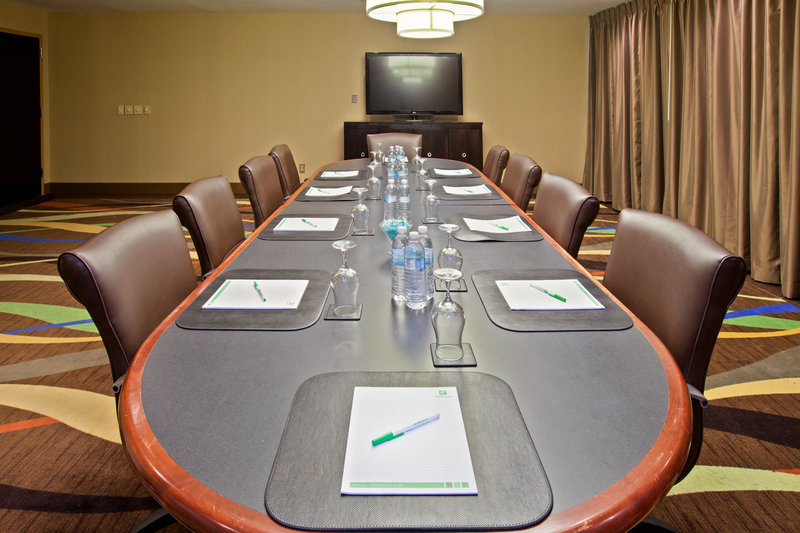 Holiday Inn Evansville Airport-Our boardroom is state of the art at the Holiday Inn Evansville<br/>Image from Leonardo
