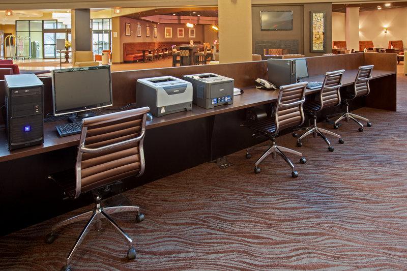 Holiday Inn Evansville Airport-Business Center<br/>Image from Leonardo