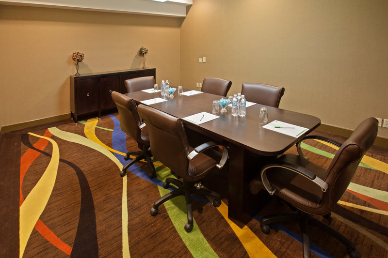 Holiday Inn Evansville Airport-Holiday Inn Evansville has meeting space to fit your needs<br/>Image from Leonardo