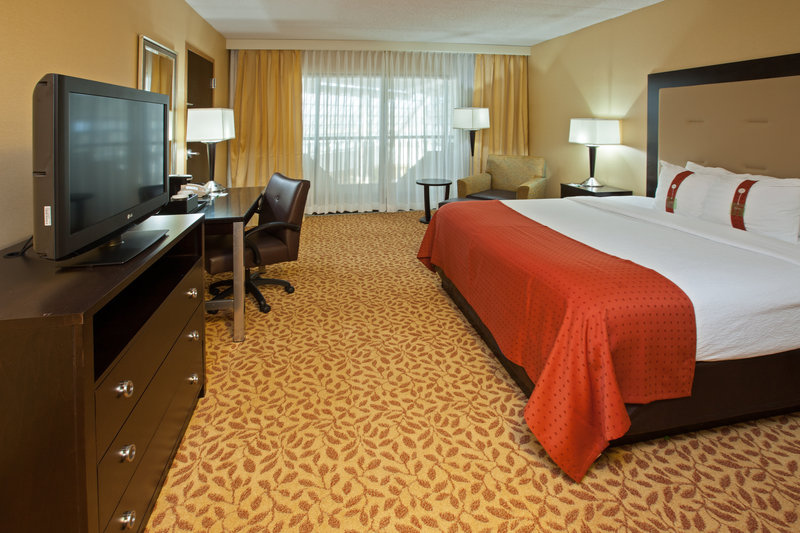 Holiday Inn Evansville Airport-King Bed Guest Room<br/>Image from Leonardo