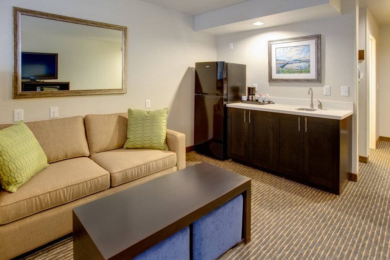 Holiday Inn Express Bellingham-One King Bed Jr. Suite with sleeper sofa<br/>Image from Leonardo