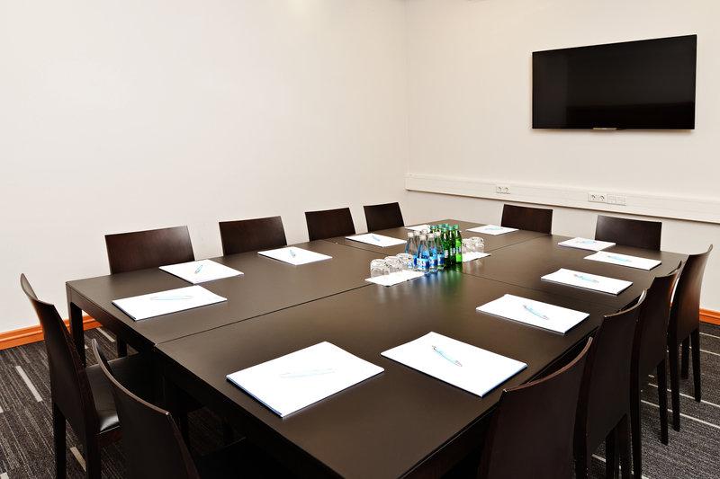 Four Points by Sheraton Ljubljana Mons-Meeting Room Grafika<br/>Image from Leonardo