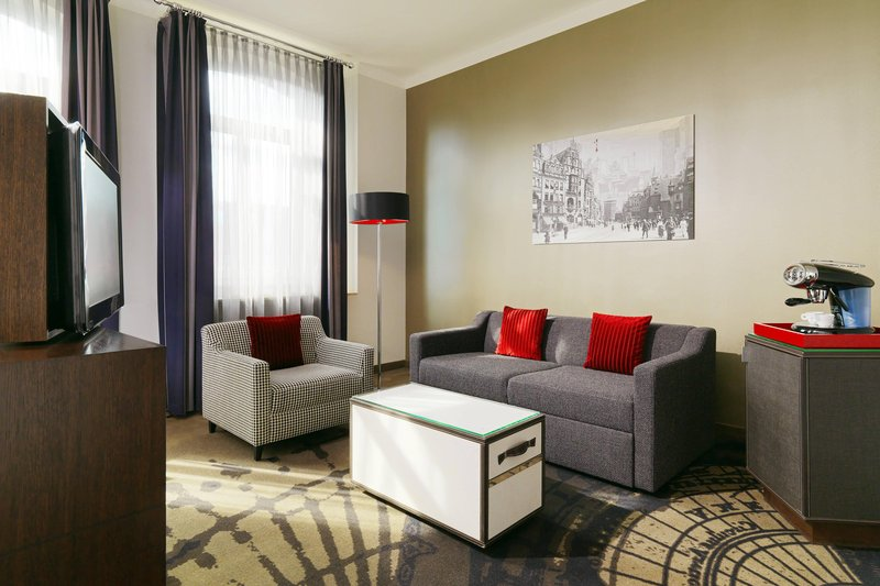 Le Meridien Grand Nuremburg-Junior Suite<br/>Image from Leonardo