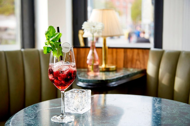 Le Meridien Grand Nuremburg-Cocktail<br/>Image from Leonardo