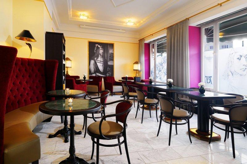 Le Meridien Grand Nuremburg-Lounge<br/>Image from Leonardo