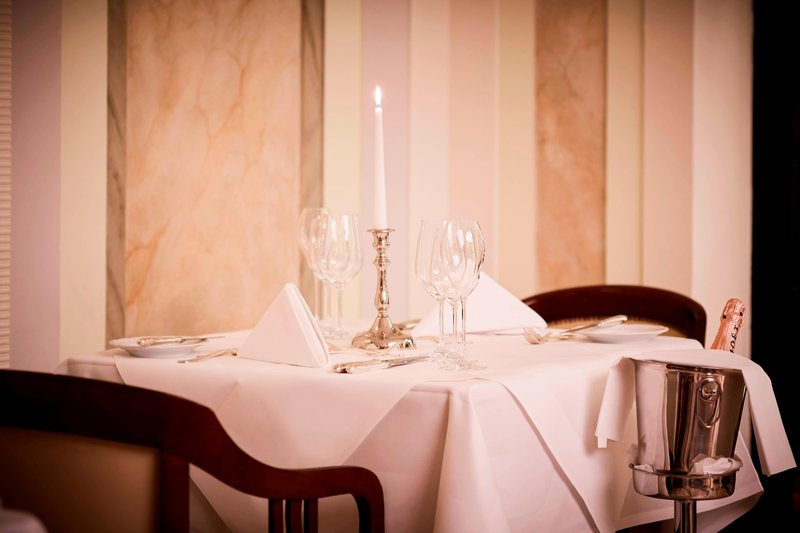 Le Meridien Grand Nuremburg-Restaurant Brasserie<br/>Image from Leonardo