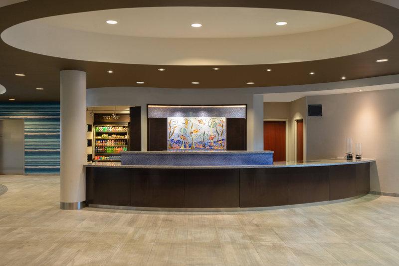 Courtyard Marriott Fort Lauderdale Airport & Cruise Port-Front Desk<br/>Image from Leonardo