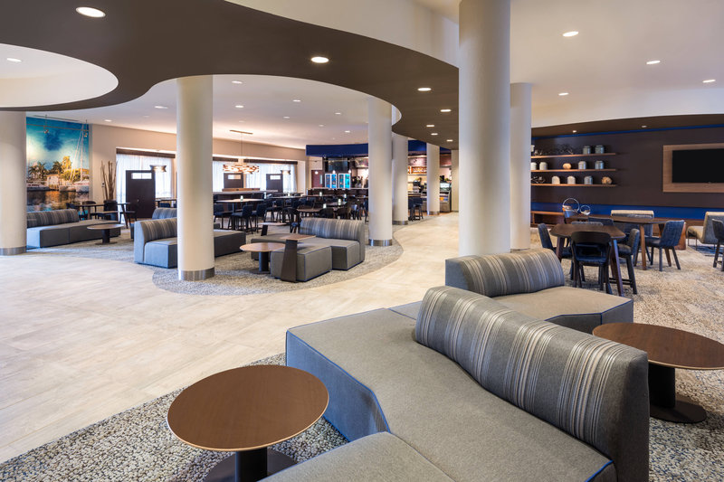 Courtyard Marriott Fort Lauderdale Airport & Cruise Port-Lobby<br/>Image from Leonardo