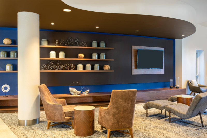 Courtyard Marriott Fort Lauderdale Airport & Cruise Port-Lobby Theater<br/>Image from Leonardo