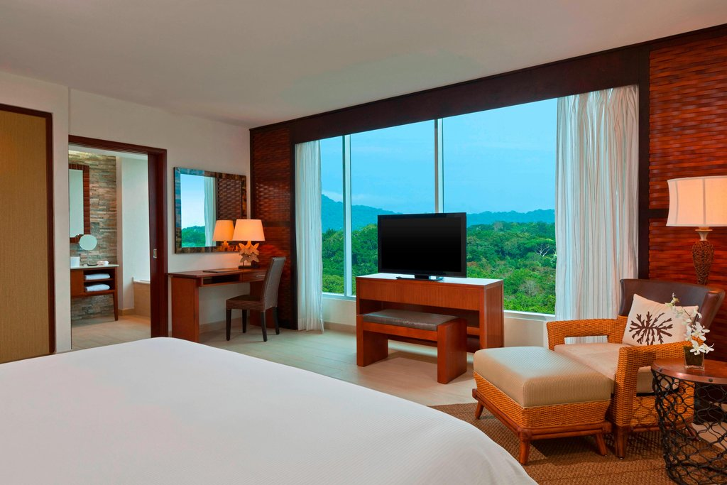 Dreams Playa Bonita Panama - Deluxe Green View Room - King Guest Room <br/>Image from Leonardo