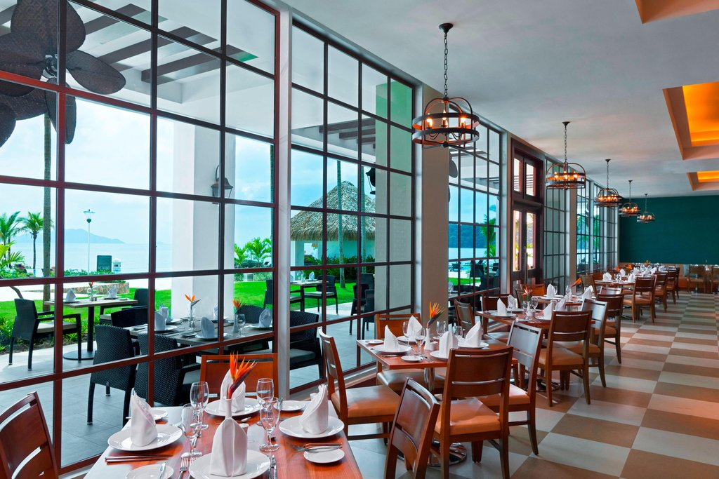 Dreams Playa Bonita Panama - Starfish Grill Restaurant <br/>Image from Leonardo