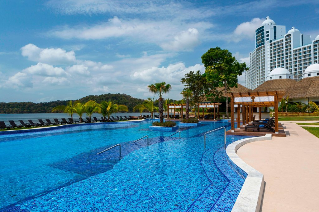Dreams Playa Bonita Panama - Pearl Club Pool <br/>Image from Leonardo