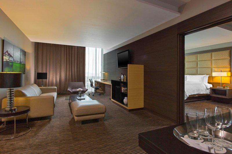 Le Meridien Panama - Platinum Suite <br/>Image from Leonardo