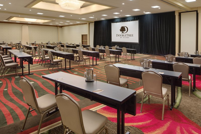 DoubleTree by Hilton Hotel Seattle Airport-Meeting Class<br/>Image from Leonardo
