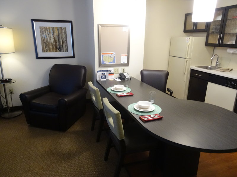 Candlewood Suites Boston-Burlington-One Bedroom Suite Kitchen<br/>Image from Leonardo