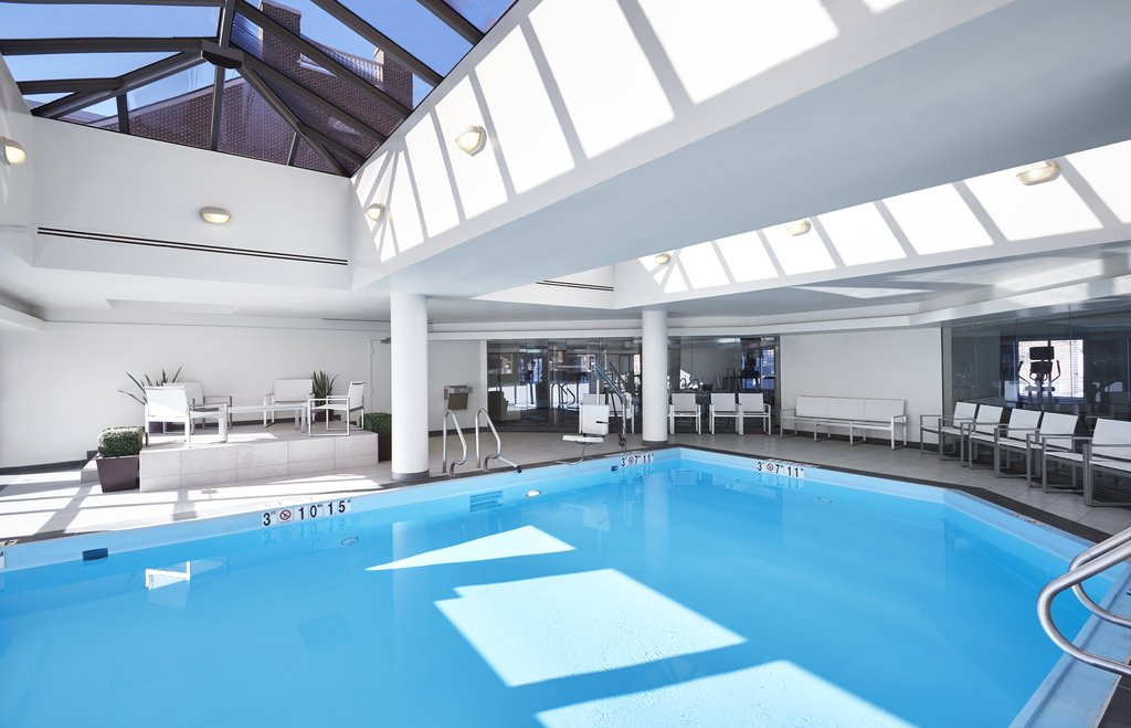 Holiday Inn Hotel &amp; Suites Alexandria Old Town-Indoor Swimming Pool<br/>Image from Leonardo