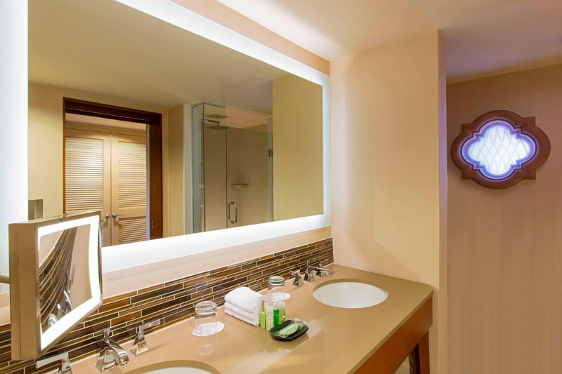 The Westin La Paloma Resort & Spa-Guest Bathroom<br/>Image from Leonardo