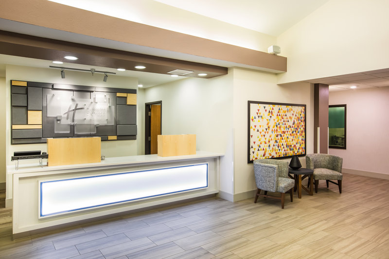 Holiday Inn Express & Suites Bellevue (Omaha Area)-Join us for our Manager's Reception Monday-Thursday from 5-7 p.m.!<br/>Image from Leonardo