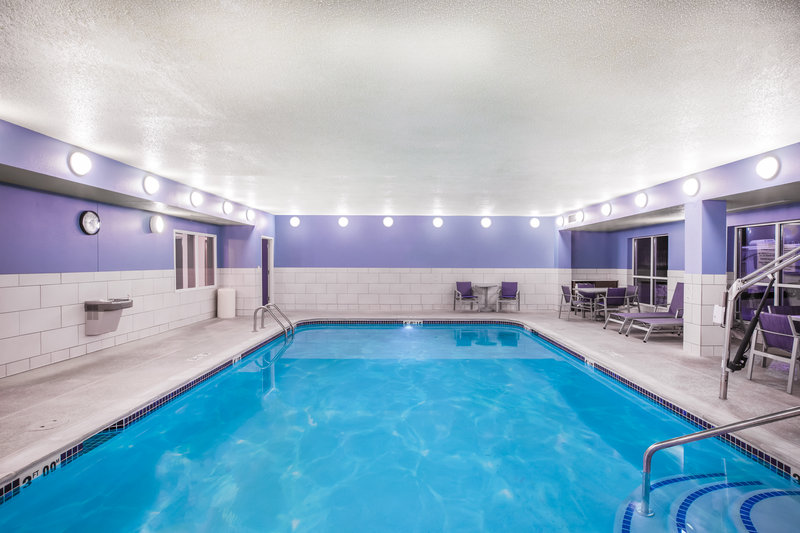 Holiday Inn Express & Suites Bellevue (Omaha Area)-Guests love our newly-renovated pool and whirlpool area!<br/>Image from Leonardo