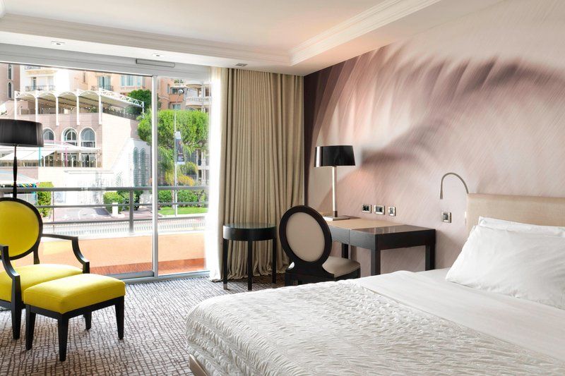 Le Meridien Beach Plaza-King Classic Guest Room<br/>Image from Leonardo