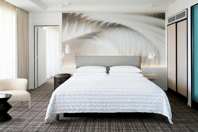 Le Meridien Beach Plaza-Guest Room<br/>Image from Leonardo