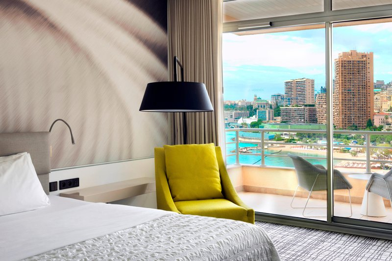 Le Meridien Beach Plaza-King Rooftop Guest Room - Partial Seaview<br/>Image from Leonardo