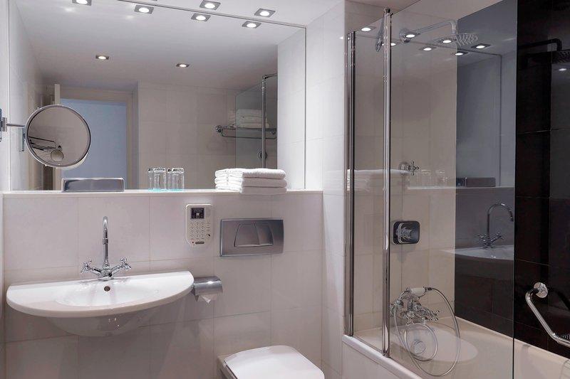 Le Meridien Beach Plaza-Guest Bathroom<br/>Image from Leonardo