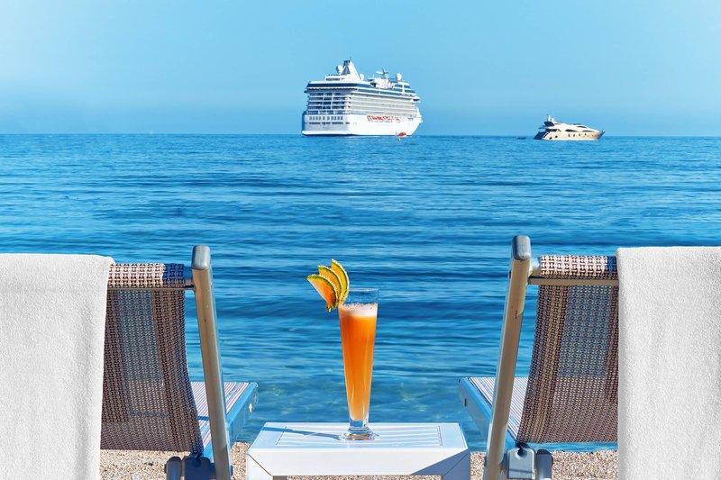Le Meridien Beach Plaza-Sparkling cocktail private beach<br/>Image from Leonardo