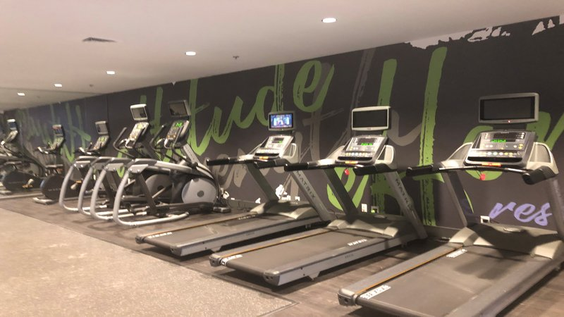 Holiday Inn Roanoke - Valley View-Fitness Center with attached TVs to help the workout go quicker<br/>Image from Leonardo