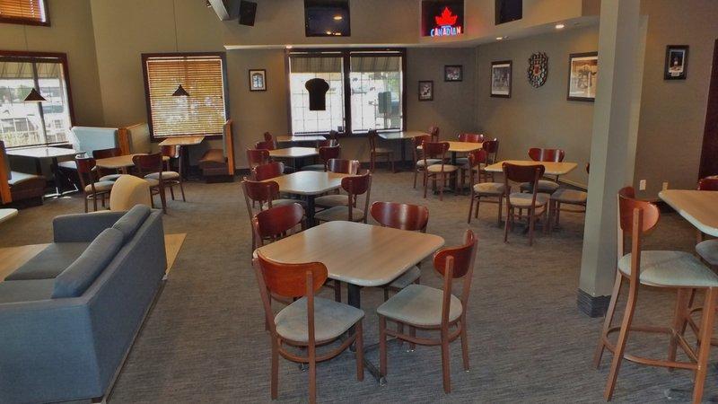Holiday Inn Hotel & Suites Regina-Perkins Restaurant<br/>Image from Leonardo