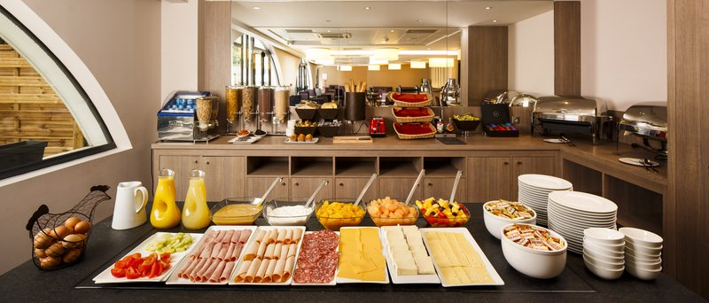 Holiday Inn Lyon Vaise-Browse our delicious Breakfast Buffet<br/>Image from Leonardo