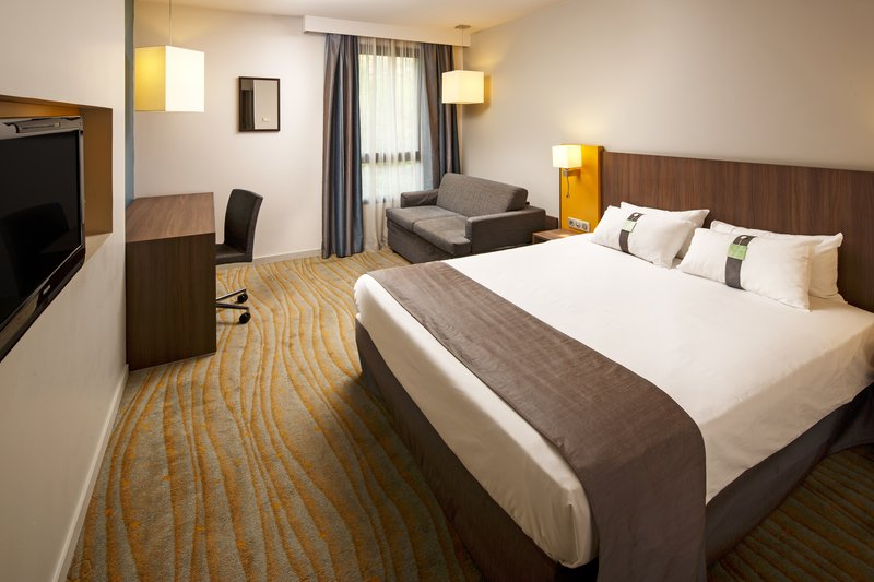 Holiday Inn Lyon Vaise-Relaxing Executive Room with Sofa Bed<br/>Image from Leonardo