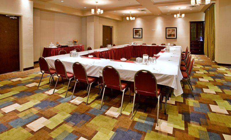 Holiday Inn Hotel & Suites Kamloops-Meeting Room<br/>Image from Leonardo