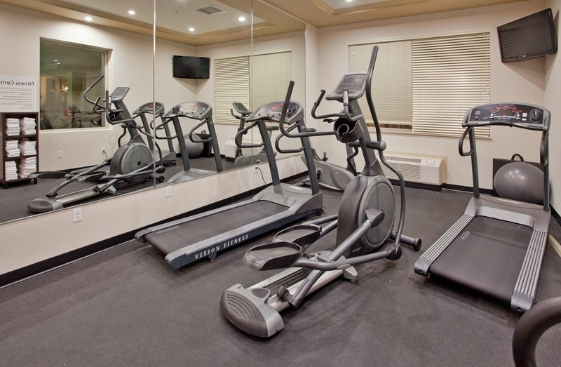 Holiday Inn Hotel & Suites Kamloops-24-Hour Fitness Centre<br/>Image from Leonardo