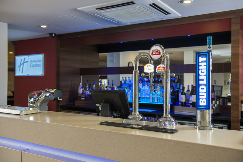 Holiday Inn Express Derby - Pride Park-Relax with a drink at our well-stocked bar <br/>Image from Leonardo